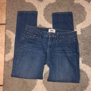 EUC Paige Skyline Jeans 29 💫